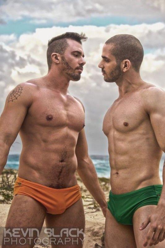 uomini omosessuali immagini Trieste