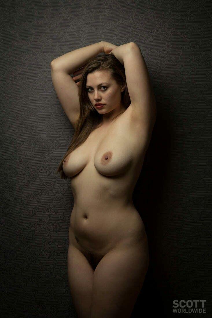 Curvy Figure Study Anatomy Reference - ženski tip telesa-3332