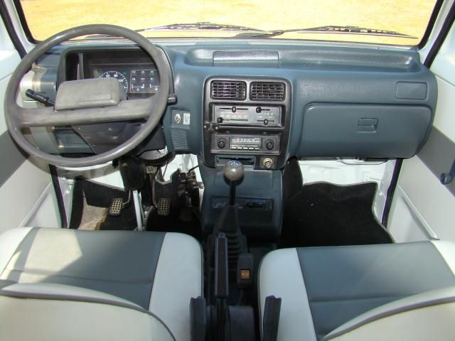 1994 Daihatsu Hijet 4x4 Minivan, FEATURES: -Left Side