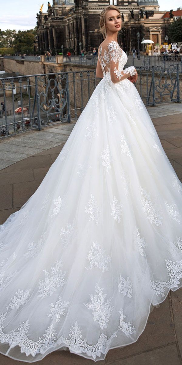 Wedding Dress With Lace Appliques