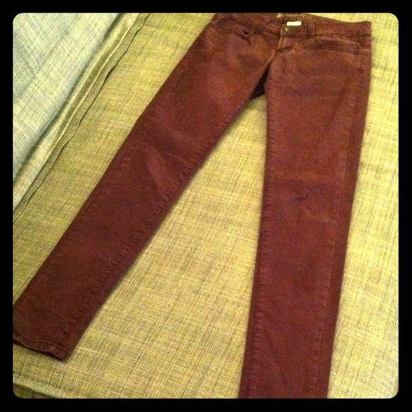 Element purple marron skinny pants size 25 Wine purple pants. Too small for me to model. Amazing condition. element Pants Skinny