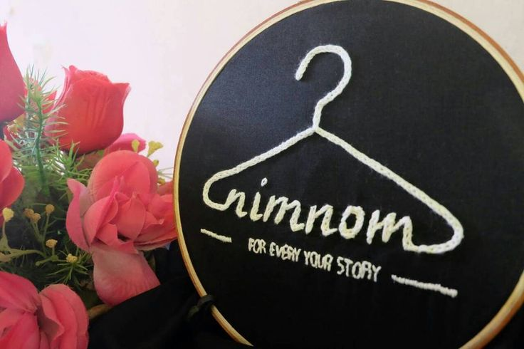 HOOP FOR YOUR BRAND/SHOP || Follow Our Instagram : https://www.instagram.com/peekaboo.craft/ --------------- Hoop art indonesia, handmade, peekaboocraft, logo, brand, onlineshop, olshop, hiasan toko, shabby chick, monokrom hadiah, kado unik, dekorasi rumah, pajangan, souvenir, bandung, hadiah wisuda, embroidery, hand embroidery