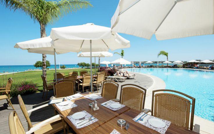 Velkommen til Apollos populære hotel Mythos Beach på Rhodos! Nyd en ferie på et hotel af meget høj standard og høj kvalitet. Se mere på http://www.apollorejser.dk/rejser/europa/graekenland/rhodos/afandou-og-kolymbia/hoteller/mythos-beach