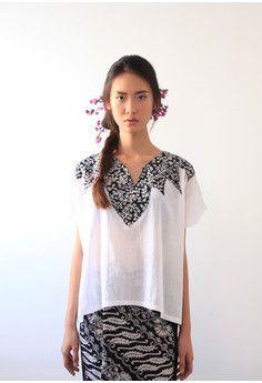 White Dre Batik Top -