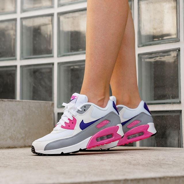 2dc6ef84f3a Nike Wmns Air Max 90 (White   Court Purple - Wolf Grey - Laser Pink ...