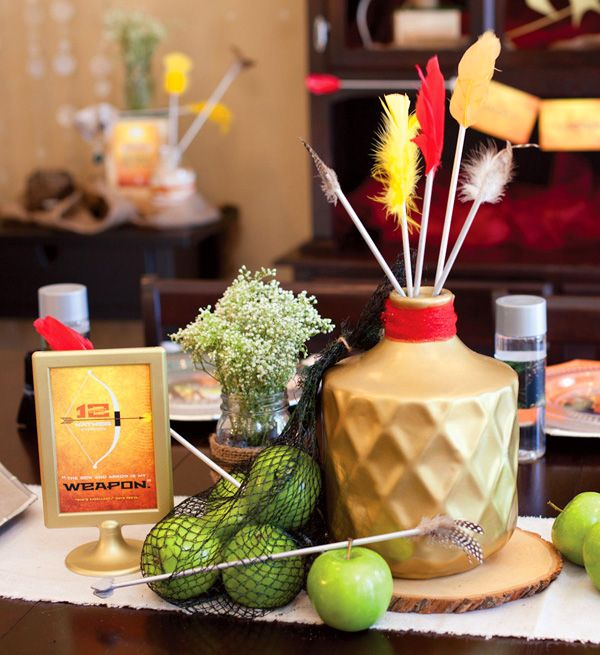 Hunger Games Party Centerpiece #hungergames #katniss #arrow & 18 best Hunger Games Party images on Pinterest | Hunger games party ...