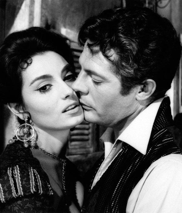 """Rosanna Schiaffino e Marcello Mastroianni in """"Ferdinando I° re di Napoli"""""""