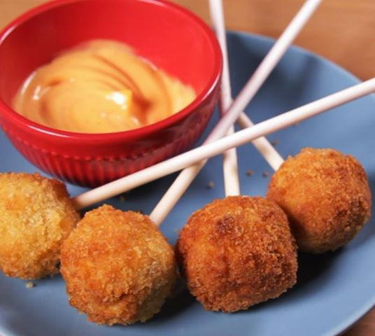 mac-cheese-pops