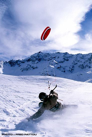 Kitesnowboarding