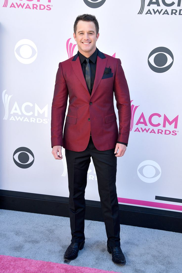 LAS VEGAS, NV - APRIL 02:  Singer Easton Corbin attends the 52nd Academy Of Country Music Awards at Toshiba Plaza on April 2, 2017 in Las Vegas, Nevada.  (Photo by Frazer Harrison/Getty Images) via @AOL_Lifestyle Read more: https://www.aol.com/article/entertainment/2017/04/02/acm-awards-2017-red-carpet-arrivals/22022806/?a_dgi=aolshare_pinterest#fullscreen