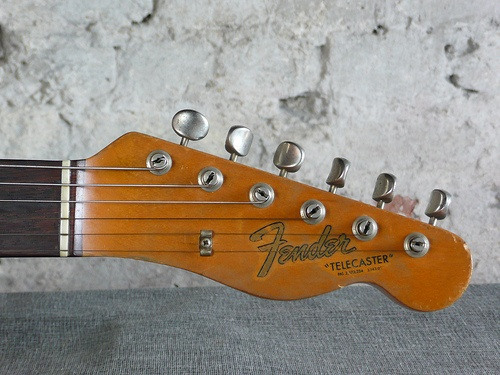fender telecaster 1968  Have one  wish I was better at playing it  My Styl -> Table Bass Télé