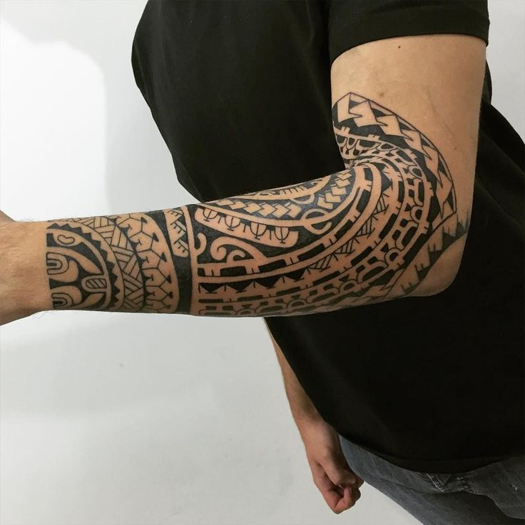 oltre 25 fantastiche idee su band tatuaggio su pinterest tatuaggio a bracciale tatuaggi. Black Bedroom Furniture Sets. Home Design Ideas