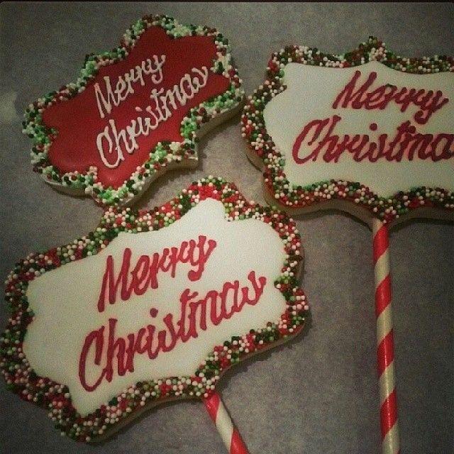 Christmas cookie pops #decoratedcookies #sugarcookies