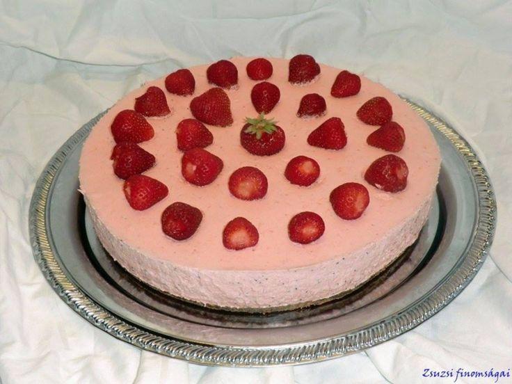 Eper mousse torta -- receptek365.info