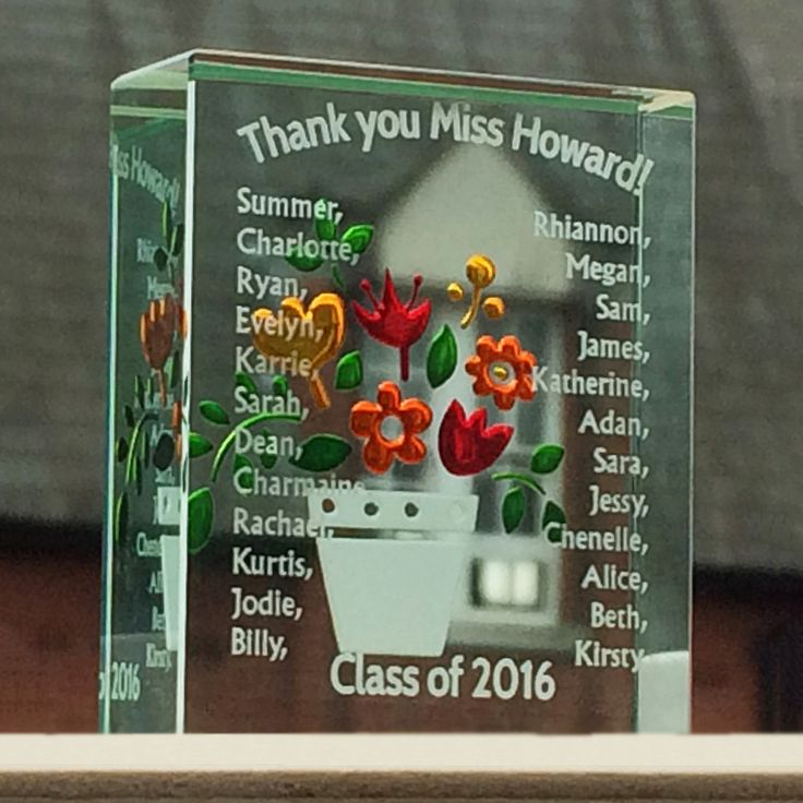 This customised gift is great for groups of people who want to thank the same person - you can add as many or as few names as you want, give this as a thank you gift from the whole class. #Love #Gift #Teacher #ThankYou #Spaceform #London