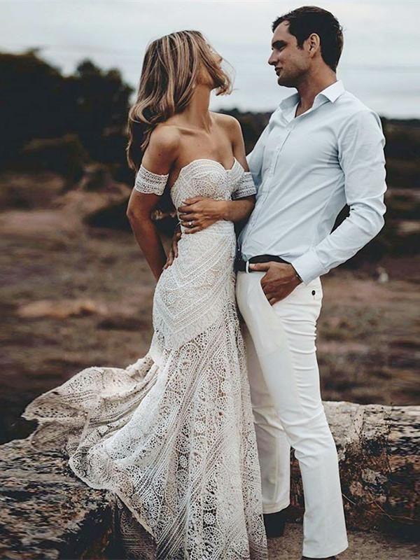 Fashionable Lace Sweetheart Neckline Chapel Train Sheath Wedding Dresses Wd121 Bohoprom