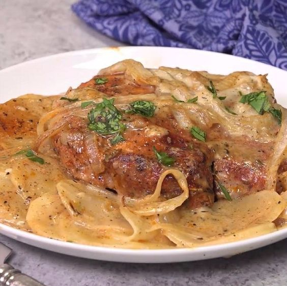 How to make smothered pork chop scalloped potato casserole