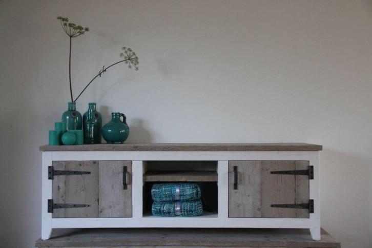 Landelijk tv meubel dressoir steigerhout