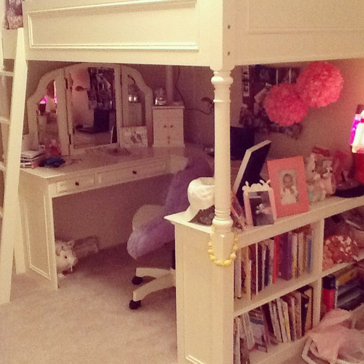 Pb Teen Loft Bed In Erin 39 S Room Princess Erin