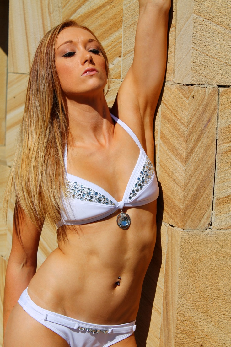 Elisha in Veve swimwear....