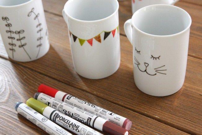 de jolies petites tasses personnalis es avec des marqueurs porcelaine j 39 adore les dessins tout. Black Bedroom Furniture Sets. Home Design Ideas