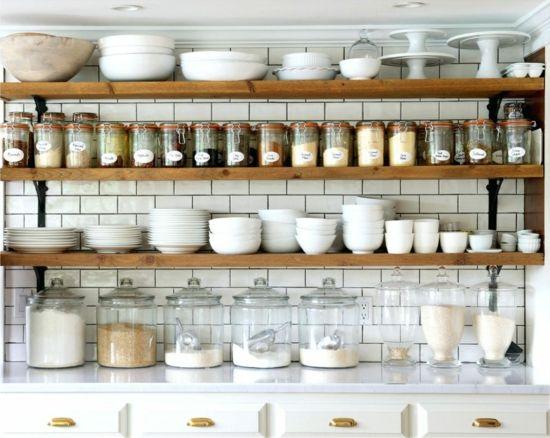 Die kleine Küche einrichten: Tipps für die perfekte Organisation