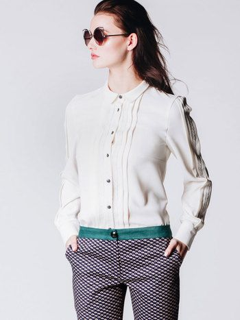 CREAM BLOUSE ADELE by RabbitRabbit!