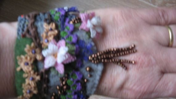 grey felt braceletfelt and needle lace braceletfelt by CiciByMuy, $15.00