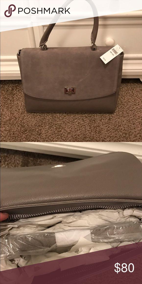 Stunning Banana republic handbag Brand new with tag, has shoulder strap Banana Republic Bags Shoulder Bags
