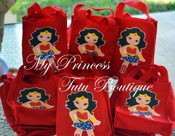 Superhero Favor Bags, Superhero Treat Bags, 10 Wonder Woman Favor Bags…