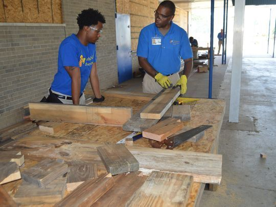 Southern University at Shreveport is changing lives one General Educational Development diploma (GED) at a time.    The two-year college is one of 77 programs nationwide receiving a part of the U.S. Department of Labor's $80.3 million YouthBuild grant.    The SUSLA YouthBuild program gives non-traditional students in northwest Louisiana  the opportunity to attend academic and vocational classes and build homes in their own neighborhoods.