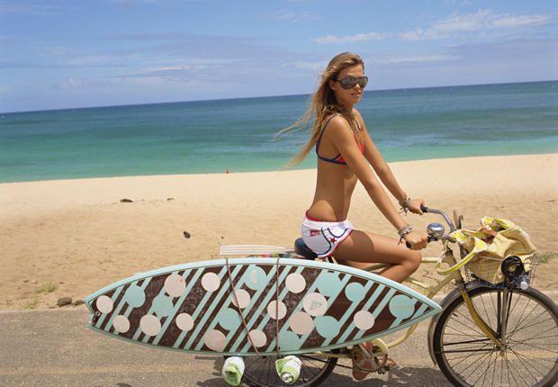 girl bike and board: Pink Summer, Bike Riding, Roxy Surfing, Girls Bike, Beaches Life, Boards Beaches, Beaches Cruiser, Surfing Girls Hair, Surfers Girls