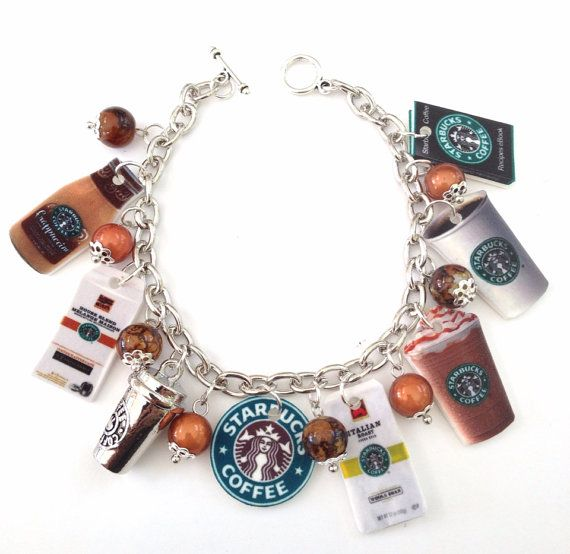 Bracelet à breloques de Starbucks sur Etsy, $17.50