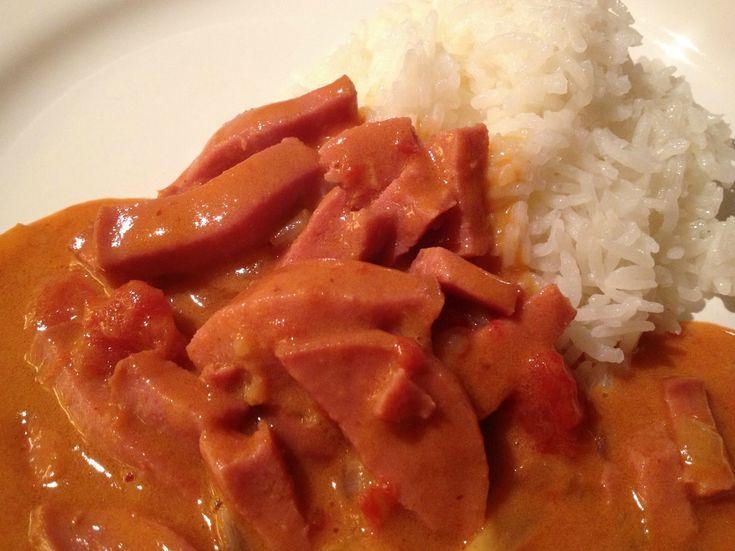 En rätt som går fort att göra är korv stroganoff med ris och idag gjorde jag den med en touch av röd currypasta. Jag gjorde en stor sats, me...