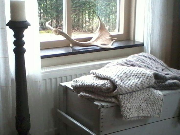 Woonplaid gebreid van Zeeman wol