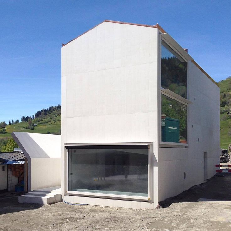 Valerio Olgiati - House in Laax, 2016. Recently completed; interesting to follow the progress of buildings in the age of social media. Photos © @fabiodon, @eh83.kr, @en_na_23, & via, 2, 3.