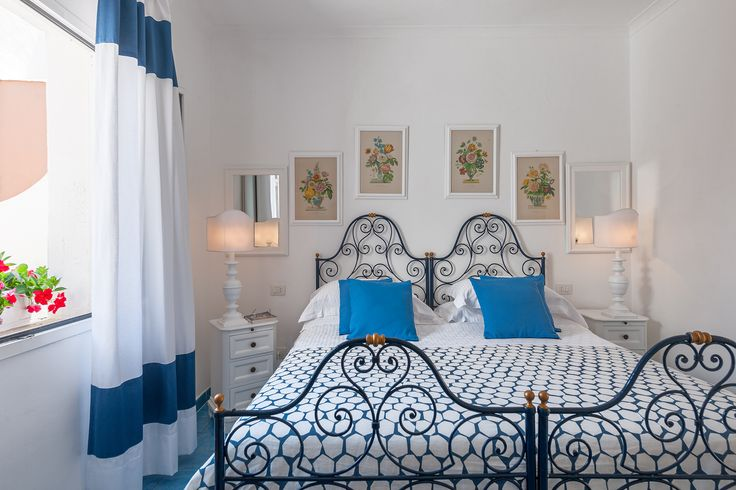 Camera Tripla Classic (letto matrimoniale) Hotel Chiaia di Luna