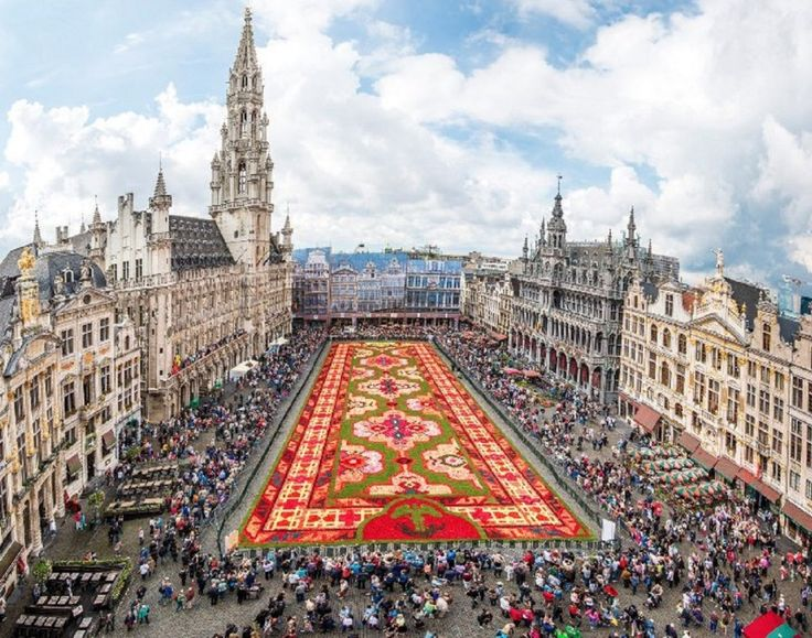 10 Awesome Things to Do in Brussels, Belgium in a Day @VisitBrussels | Two Monkeys Travel Group