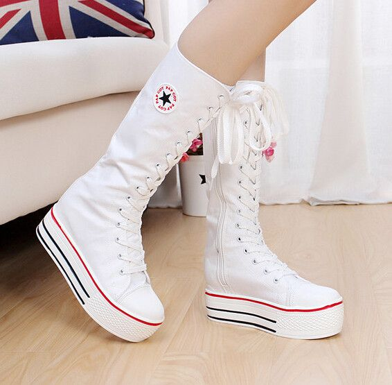 """Fashion students canvas boots CuteKawaiiHarajukuFashionClothing&AccessoriesWebsite.SponsorshipReview&AffiliateProgramopening! it is so cute i love this students canvas boots , use this coupon code """"Fanniehuang"""" to get all 10% off shop now for lowest price"""
