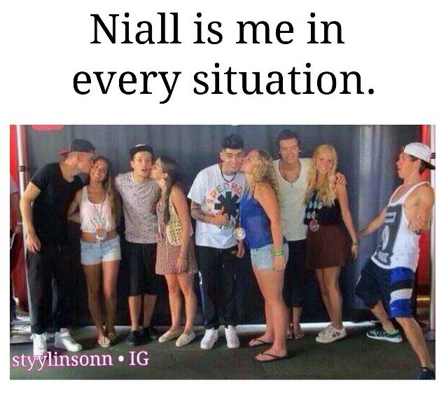 yup. <<< My first thoughts: why kiss them when you can get a kiss? The Liam girl is smart. The Harry girl is on the wrong side! And WHY THE HECK IS NIALL ALONE! Girl, I'm on my way to come and be in that pic with Niall....>> haha the comments>>niall is waiting for me!!.... IM COMING BABY