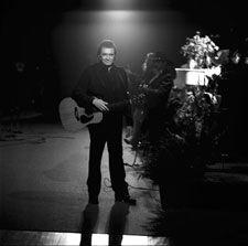 Johnny Cash in Ireland: 1993 concert performance including  John (son) & June Carter Cash, Kris Kristofferson,  Carter Family, & Irish Star Sandy Kelly