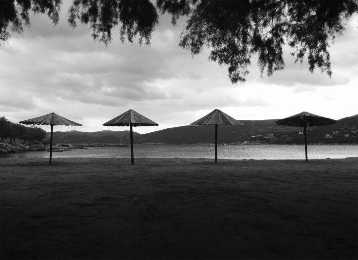 5 ημέρες με φωτογραφίες ασπρόμαυρες. 5 φωτογραφίες από διαφορετικά μέρη.