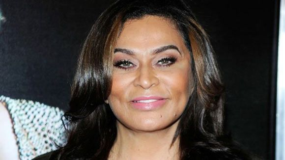 Tina Knowles http://www.famousfashiondesigners.org/tina-knowles