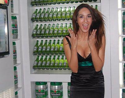 "Check out new work on my @Behance portfolio: ""Walk in fridge, Heineken"" http://on.be.net/1d0Eeqx"