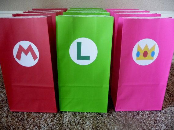 Mario, Luigi and princess combo set of favor bags! Super cute.