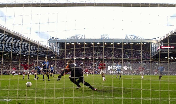 apr-2002-ole-gunnar-solskjaer-of-man-utd-scores-the-first-goal-against Bayer