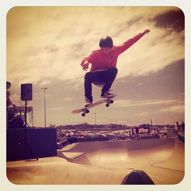 Bondi Flying #skater #atbondi #bondi #skate #skateboarding #sydney