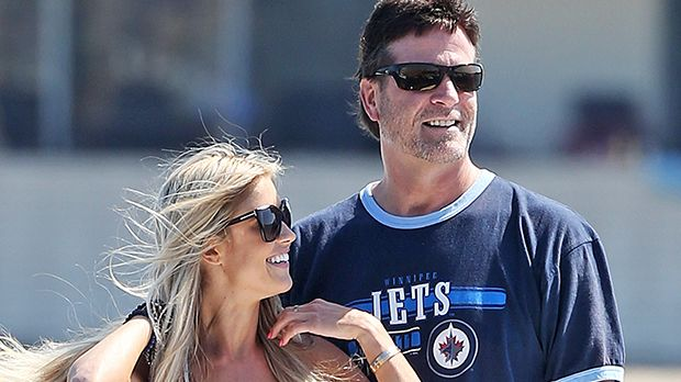 Christina El Moussa Holds On Tight To New BF 'Mr. Big' During Wild 'Boating' Ride — See Sexy Pics https://tmbw.news/christina-el-moussa-holds-on-tight-to-new-bf-mr-big-during-wild-boating-ride-see-sexy-pics  Christina El Moussa proudly showed off her new romantic partner when she posted a photo of their fun-filled boat ride on social media. See the adventurous pic here!Flip or Flop star Christina El Moussa, 34, took to social media to post a fun loving photo of her and new boyfriend Doug…