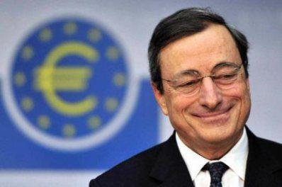 Draghi taglio i tassi d'interesse, favorendo il mercato dei mutui-casa.