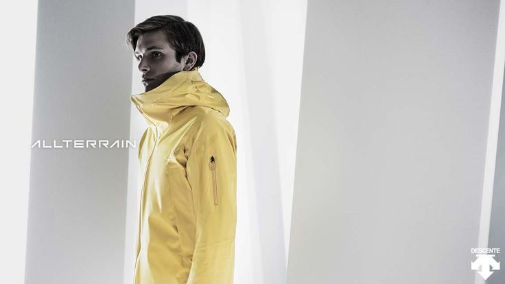 Highlights from 16FW ALLTERRAIN collection. DIA3652U STREAMLINE TECHNOLOGY ACTIVE SHELL JACKET  StreamLine Technology on the sleeves and hood controls the direction of surface water flow to improve comfort levels in wet weather.